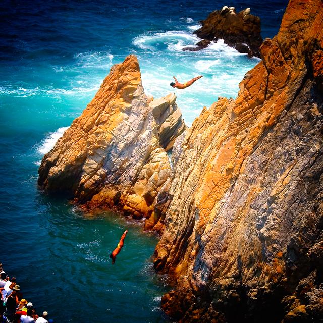 Cliff-Diving-La-Quebrada-Acapulco