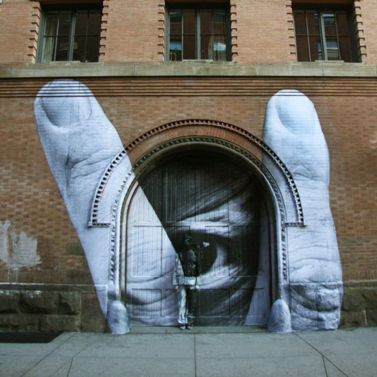 jr-liu-bolin-artwork-in-new-york-city